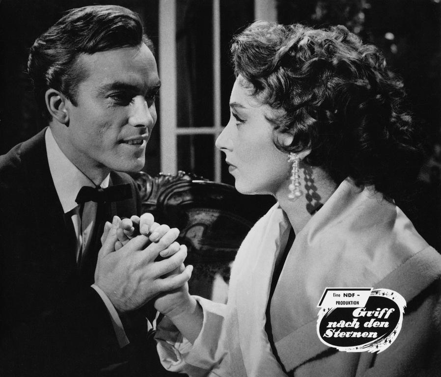 Erik Schumann and Sybil Werden in Griff nach den Sternen (1955)