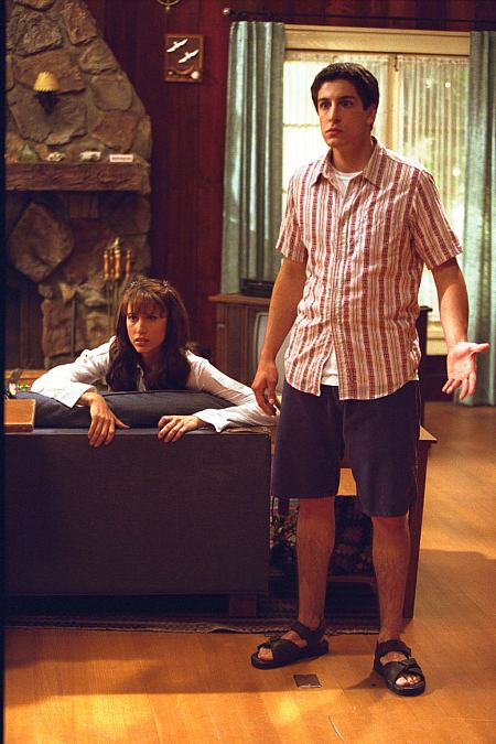 Shannon Elizabeth and Jason Biggs in American Pie 2 (2001)