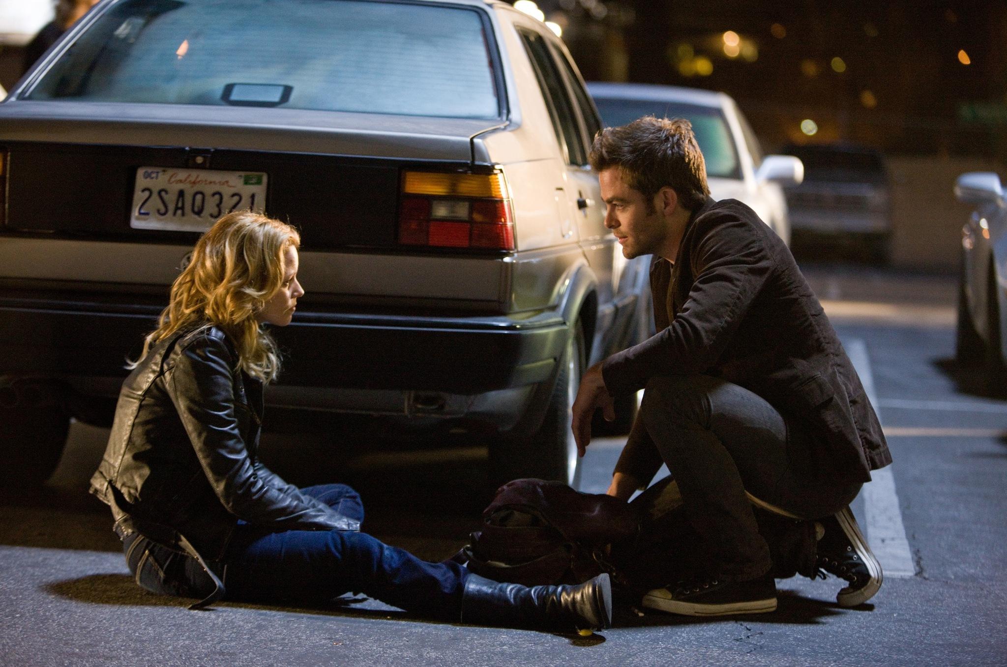 Elizabeth Banks and Chris Pine in People Like Us (2012)