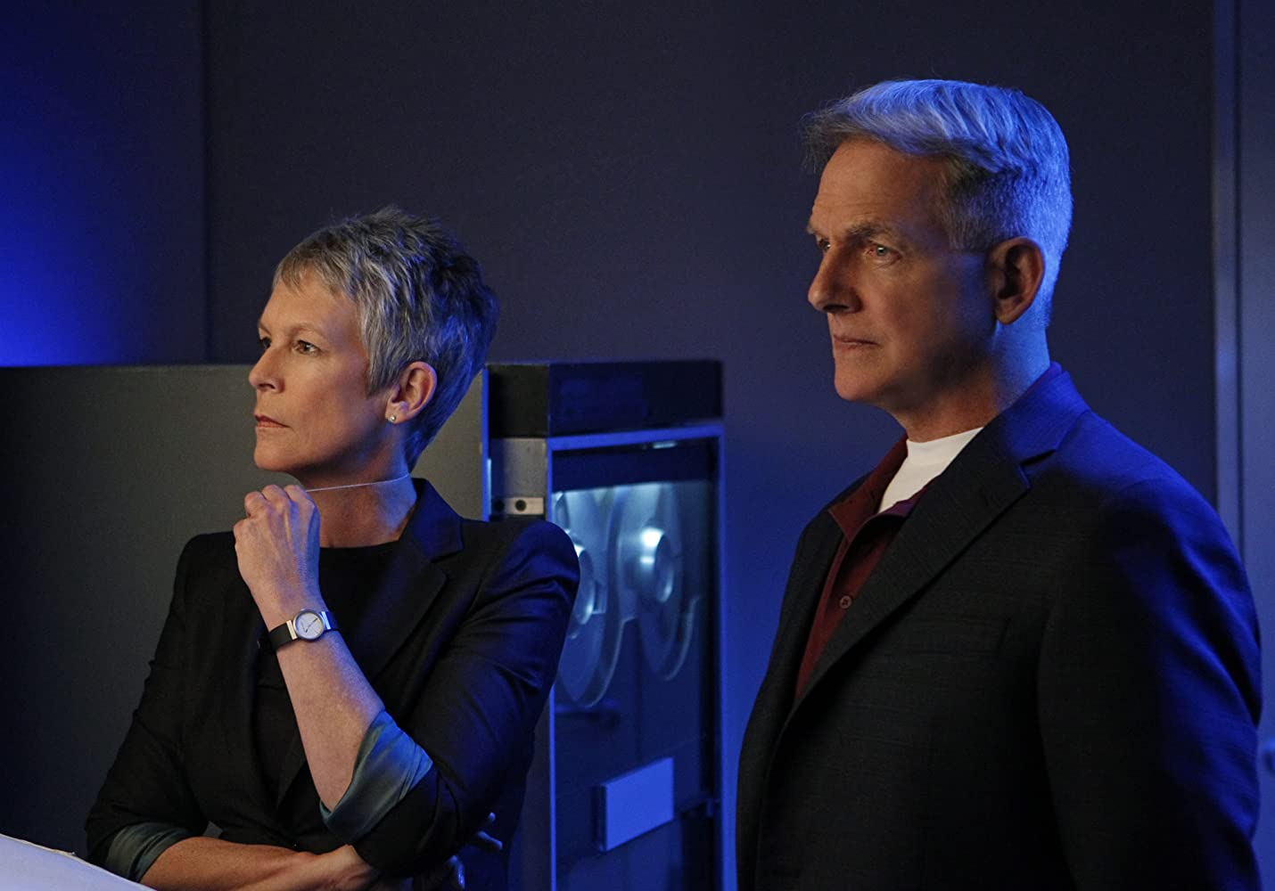 Jamie Lee Curtis and Mark Harmon in NCIS: Naval Criminal Investigative Service (2003)