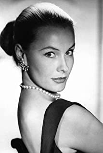 Dina Merrill Picture