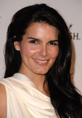 Angie Harmon's primary photo