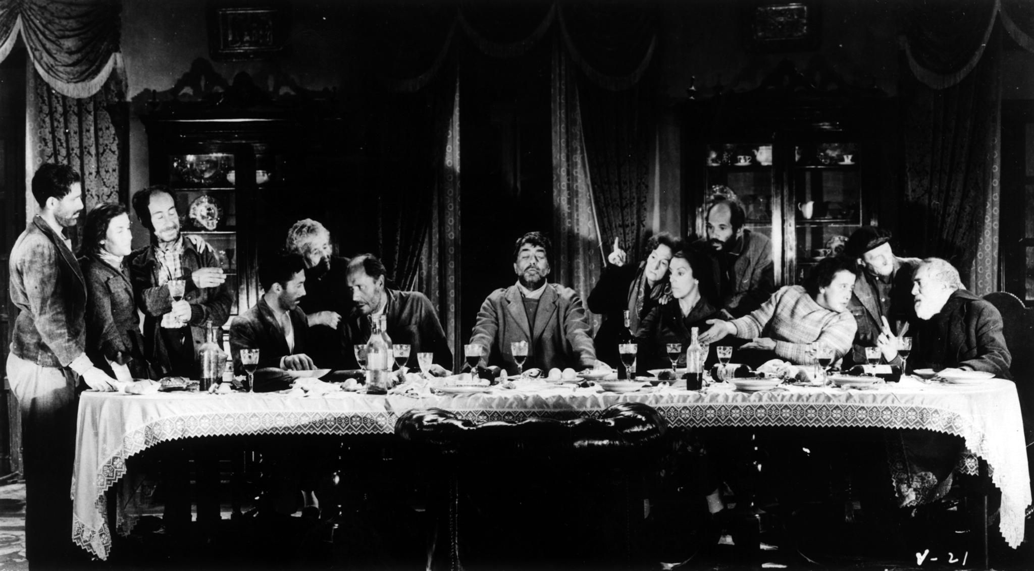 José Calvo, Juan García Tiendra, Palmira Guerra, Luis Heredia, María Isbert, José Manuel Martín, Joaquin Mayol, Joaquín Roa, and Milagros Tomás in Viridiana (1961)