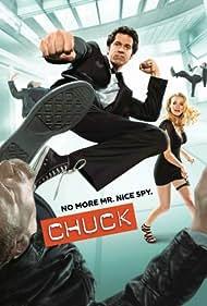 Zachary Levi and Yvonne Strahovski in Chuck (2007)