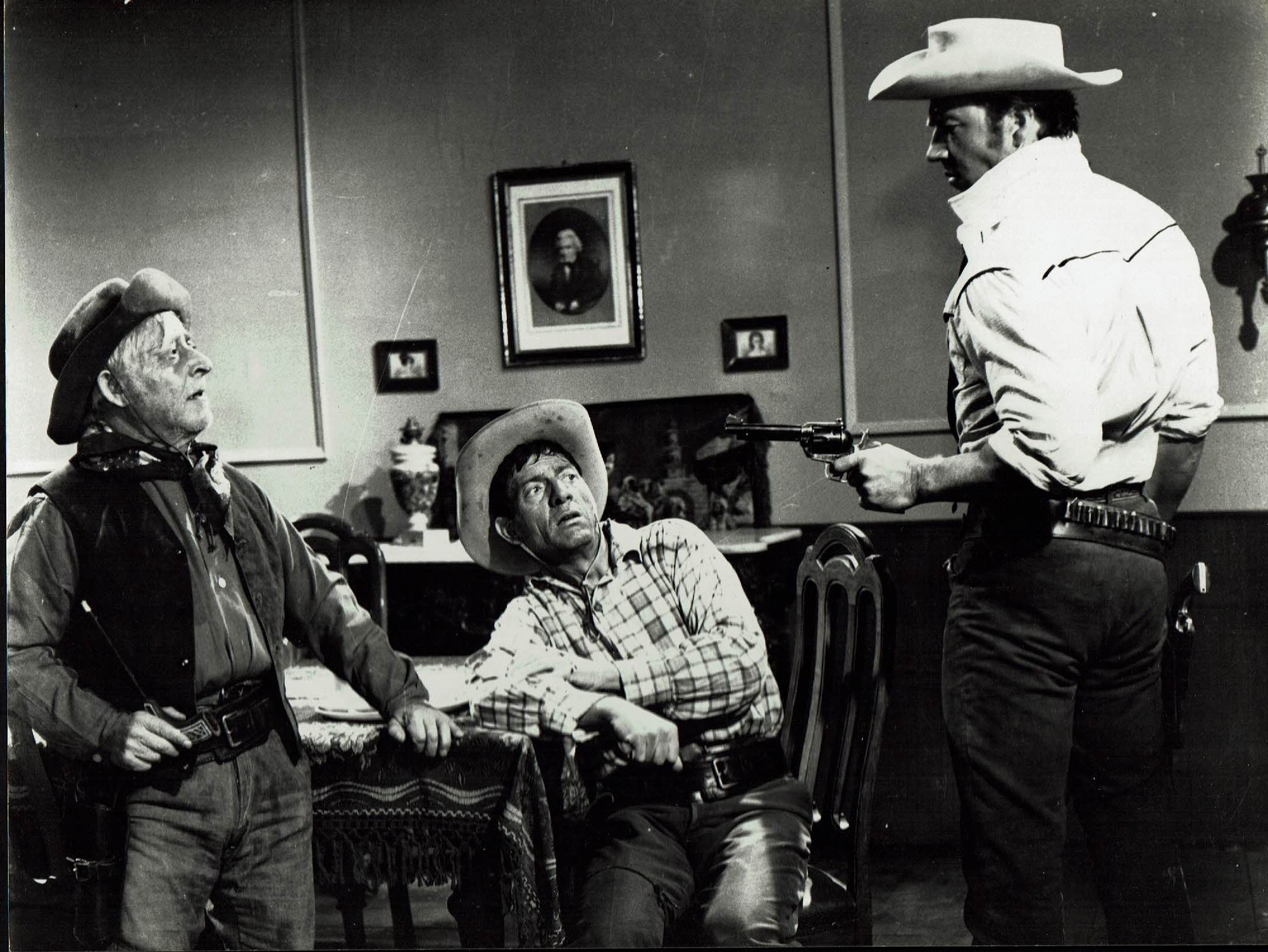 Mickey Hargitay in Uno straniero a Sacramento (1965)