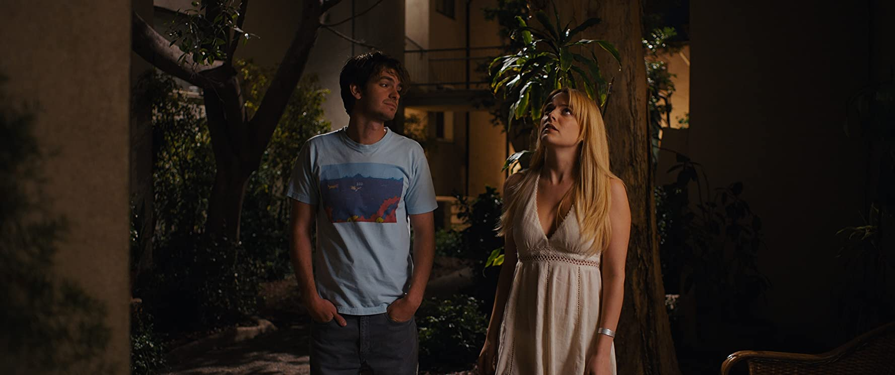 Andrew Garfield and Riley Keough in Under the Silver Lake (2018)
