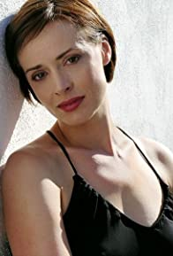 Primary photo for Lara Harris