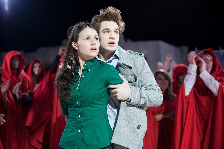 Matt Lanter and Jenn Proske in Vampires Suck (2010)