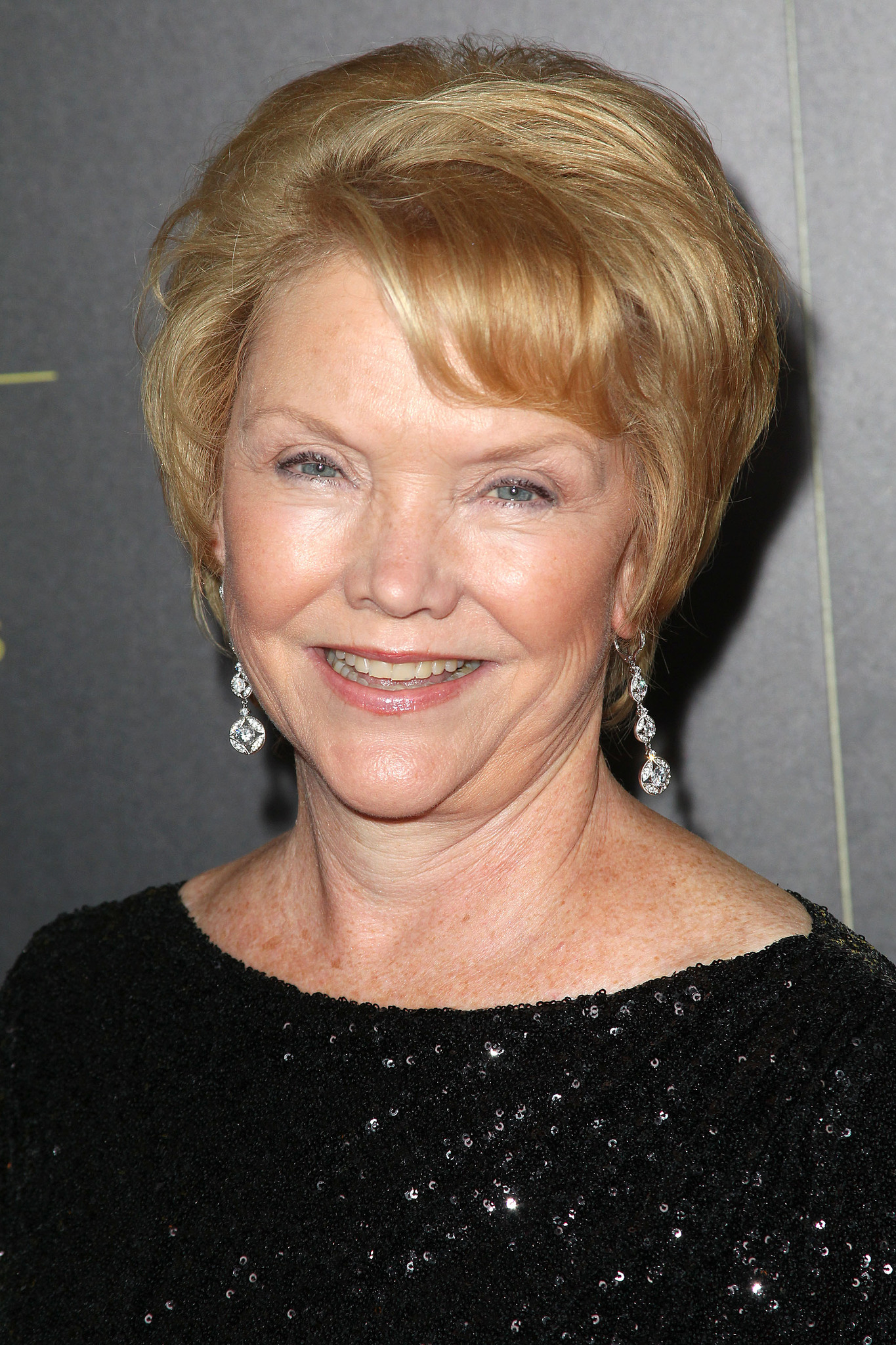 Erika Slezak nude photos 2019
