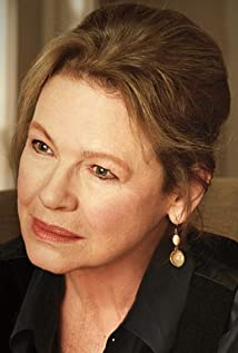 Dianne Wiest Picture