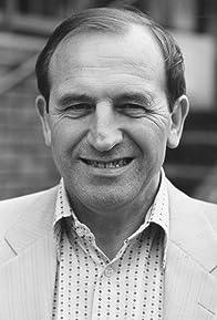 Primary photo for Leonard Rossiter