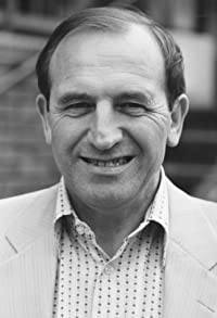 Primary photo for Leonard Rossiter