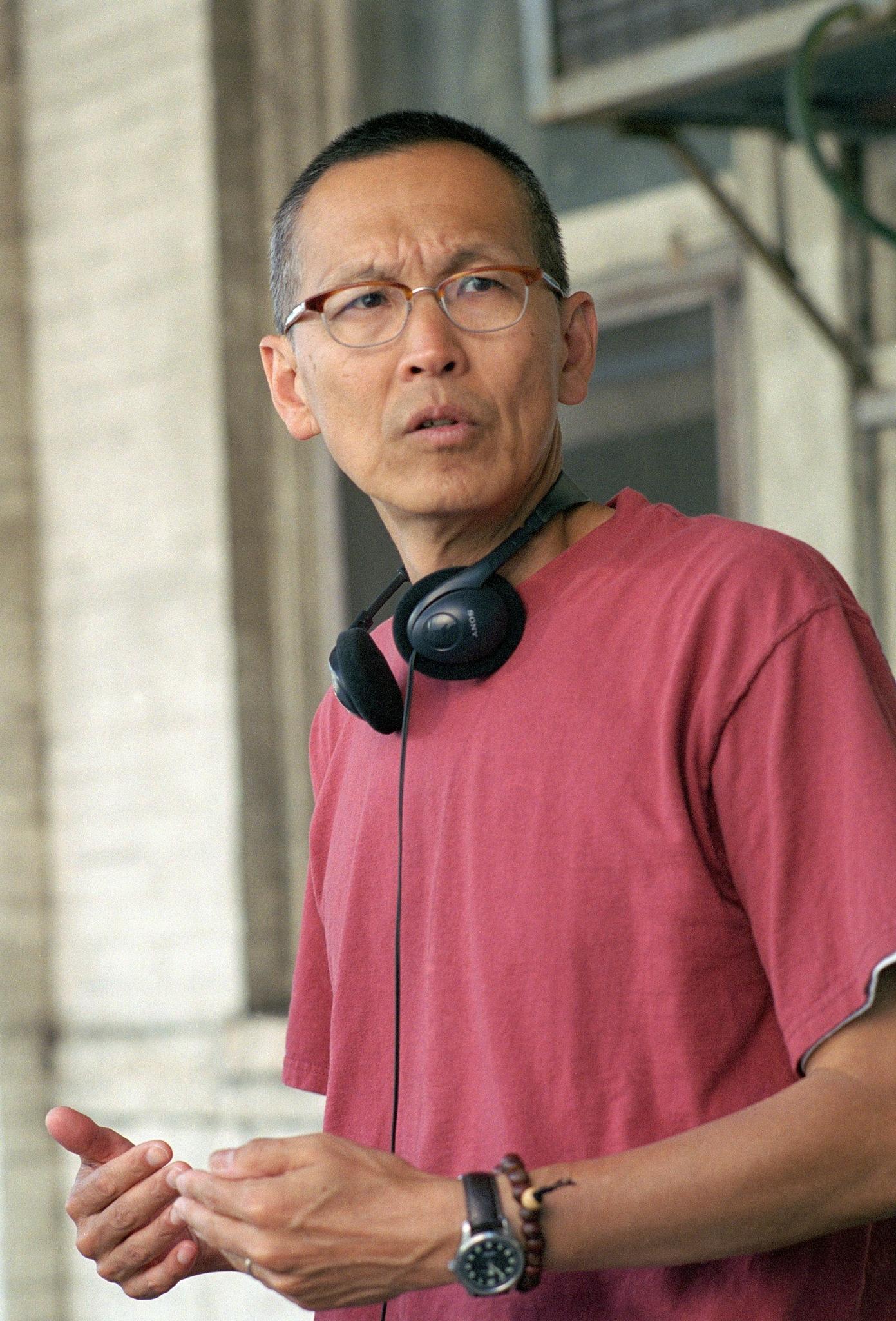 Wayne Wang in Because of Winn-Dixie (2005)