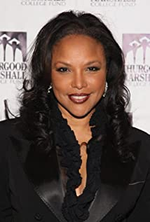 Lynn Whitfield Picture