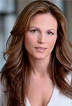 Noelle Beck's primary photo