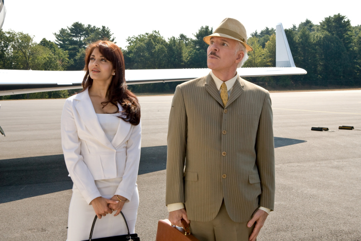 Steve Martin and Aishwarya Rai Bachchan in The Pink Panther 2 (2009)