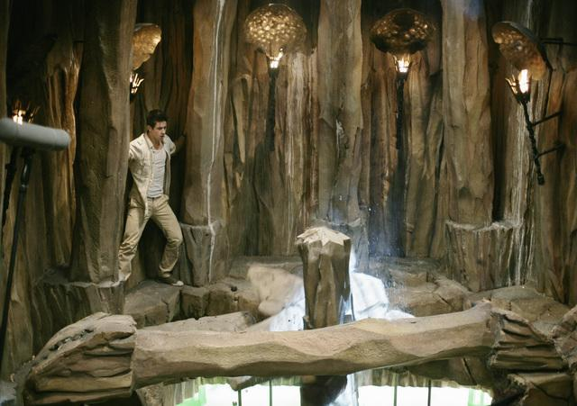 David Henrie in Wizards of Waverly Place: The Movie (2009)