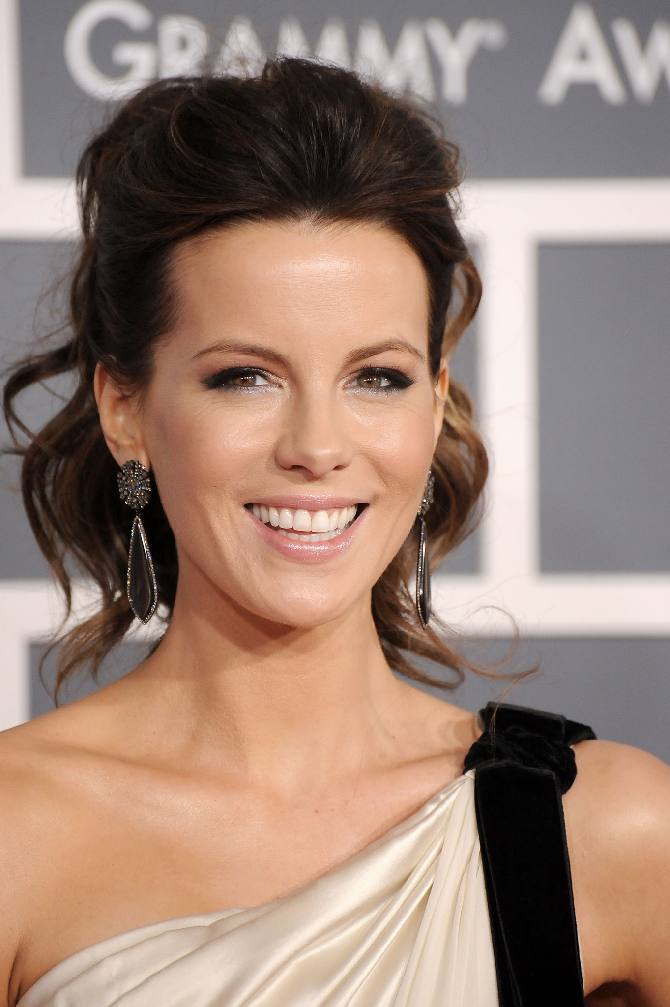 Think, Kate Beckinsale nua