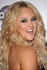 Primary photo for Lacey Schwimmer