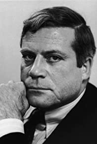 Primary photo for Oliver Reed