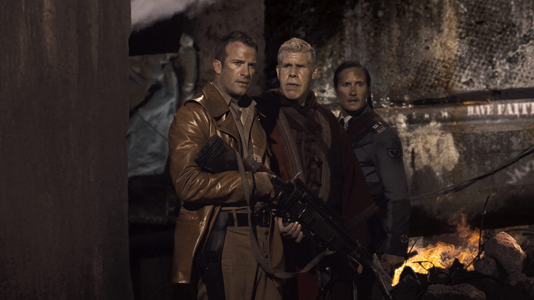 Ron Perlman, Thomas Jane, and Benno Fürmann in Mutant Chronicles (2008)