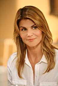 Primary photo for Lori Loughlin