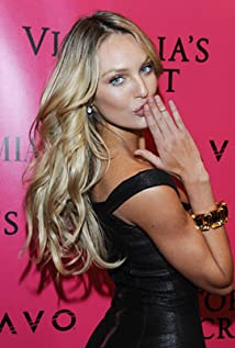 Candice Swanepoel Picture