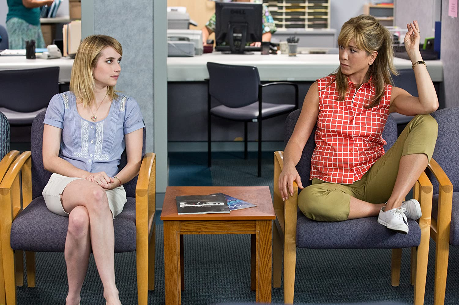 Jennifer Aniston and Emma Roberts in We're the Millers (2013)