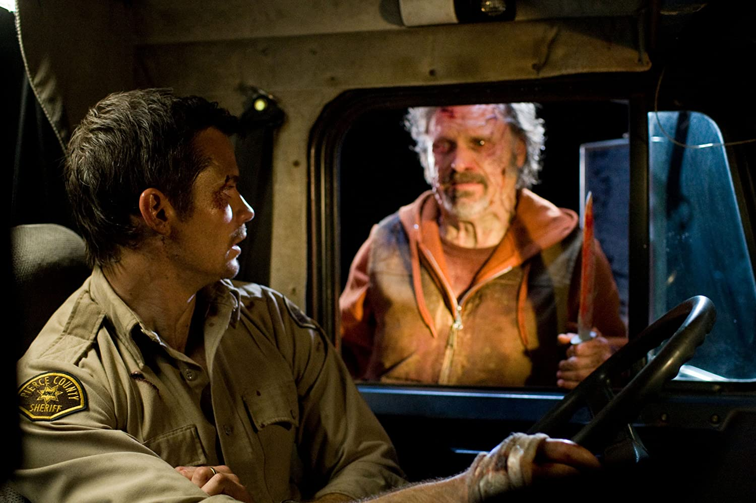 Timothy Olyphant in The Crazies (2010)