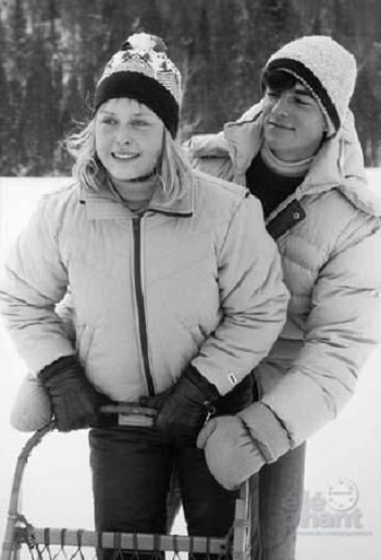 Yannick Bisson and Stephanie Morgenstern in Toby McTeague (1986)