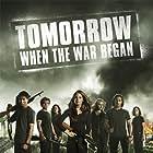 Rachel Hurd-Wood, Caitlin Stasey, Lincoln Lewis, Phoebe Tonkin, Deniz Akdeniz, Ashleigh Cummings, and Chris Pang in Tomorrow, When the War Began (2010)