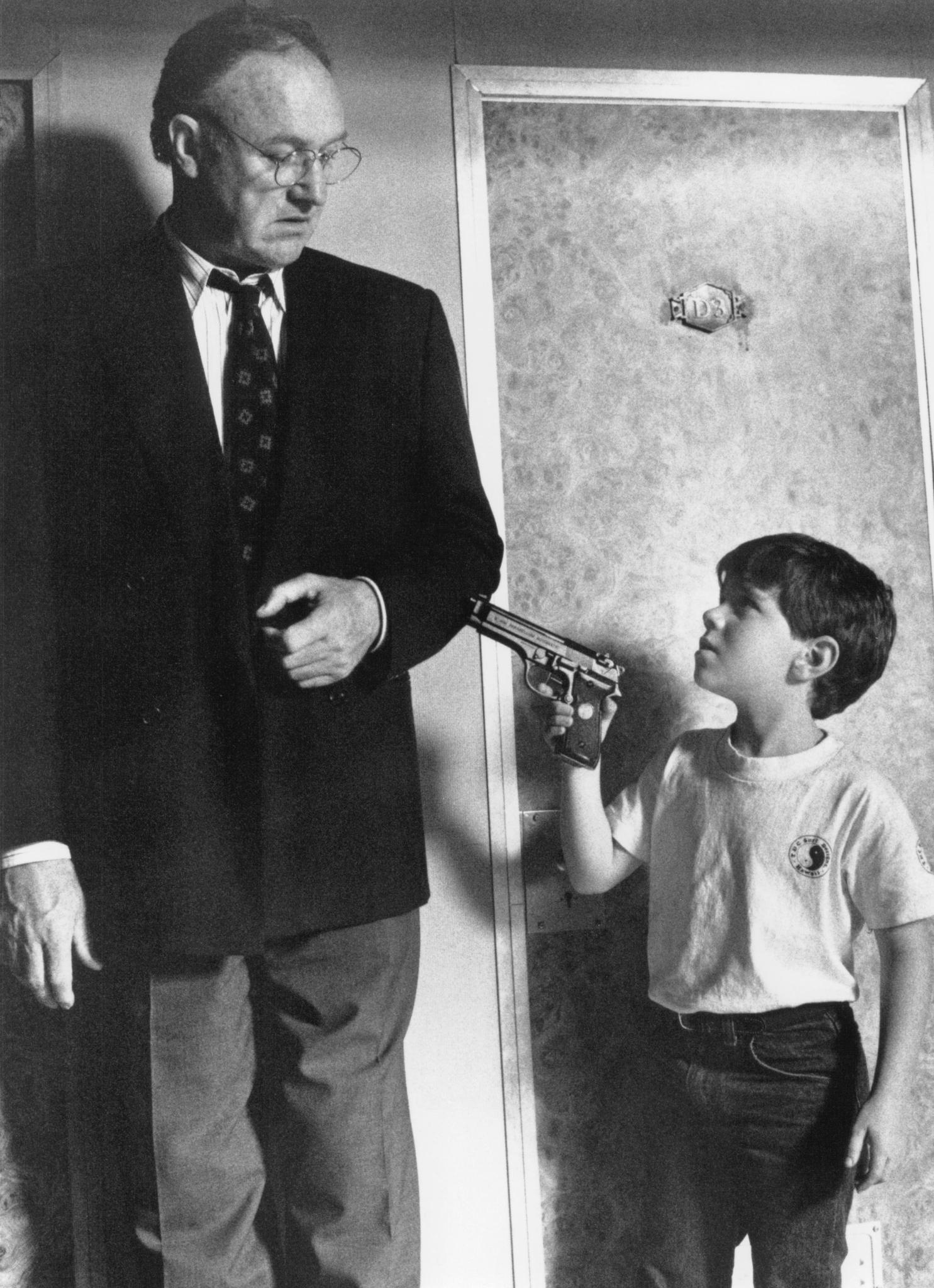 Gene Hackman and Codie Lucas Wilbee in Narrow Margin (1990)