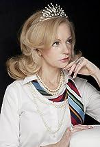 Lynne Alana Delaney's primary photo
