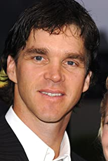 Luc Robitaille Picture