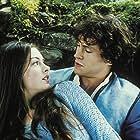 Anne Hathaway and Hugh Dancy in Ella Enchanted (2004)