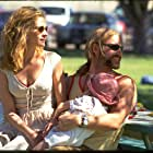 Julia Roberts, Aaron Eckhart, Ashley Pimental, and Brittany Pimental in Erin Brockovich (2000)