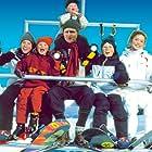 Stefan Pagels Andersen, Peter Gantzler, Neel Rønholt, Fritz Bjerre Donatzsky-Hansen, Benedikte Maria Mouritsen, and Mikkel Sundøe in Min søsters børn i sneen (2002)
