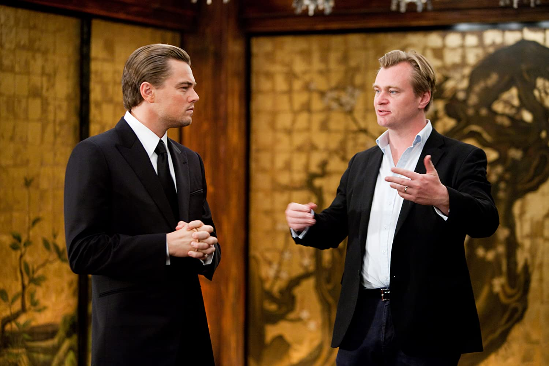Leonardo DiCaprio and Christopher Nolan in Inception (2010)