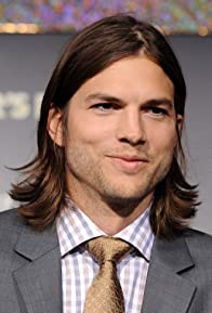 Primary photo for Ashton Kutcher