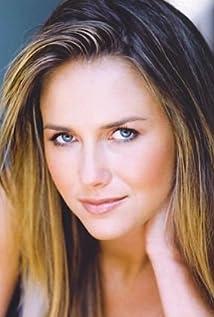 Tania Saulnier Picture