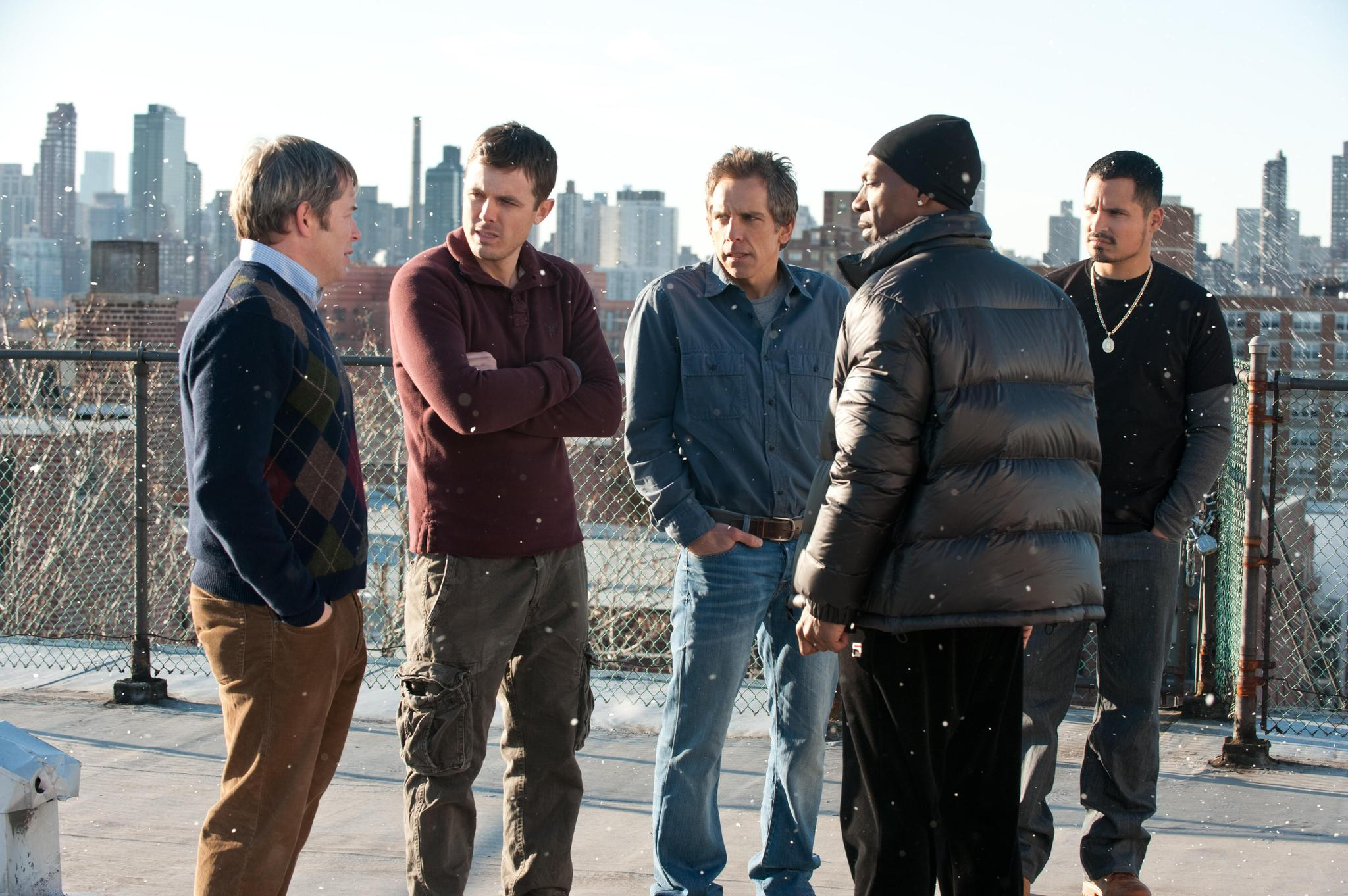 Matthew Broderick, Eddie Murphy, Casey Affleck, Ben Stiller, and Michael Peña in Tower Heist (2011)