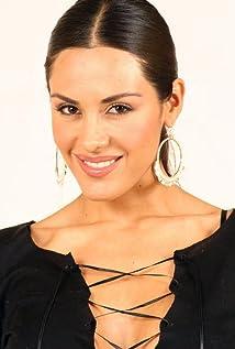 Carla Ortiz Picture