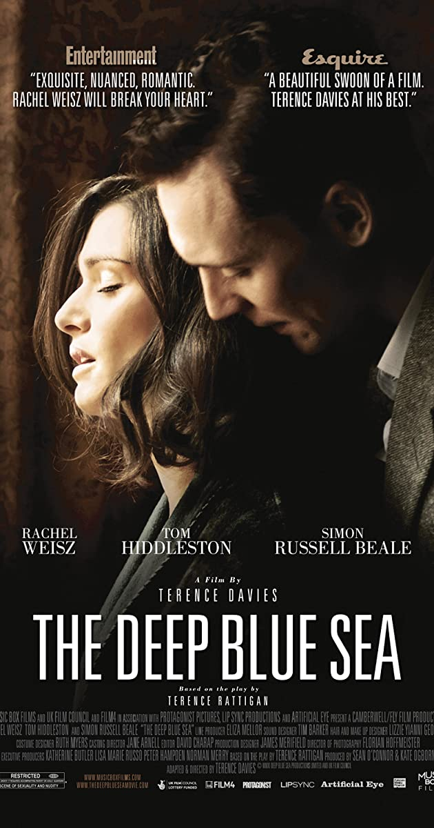 GILI AISTROS JŪRA (2011) / The Deep Blue Sea