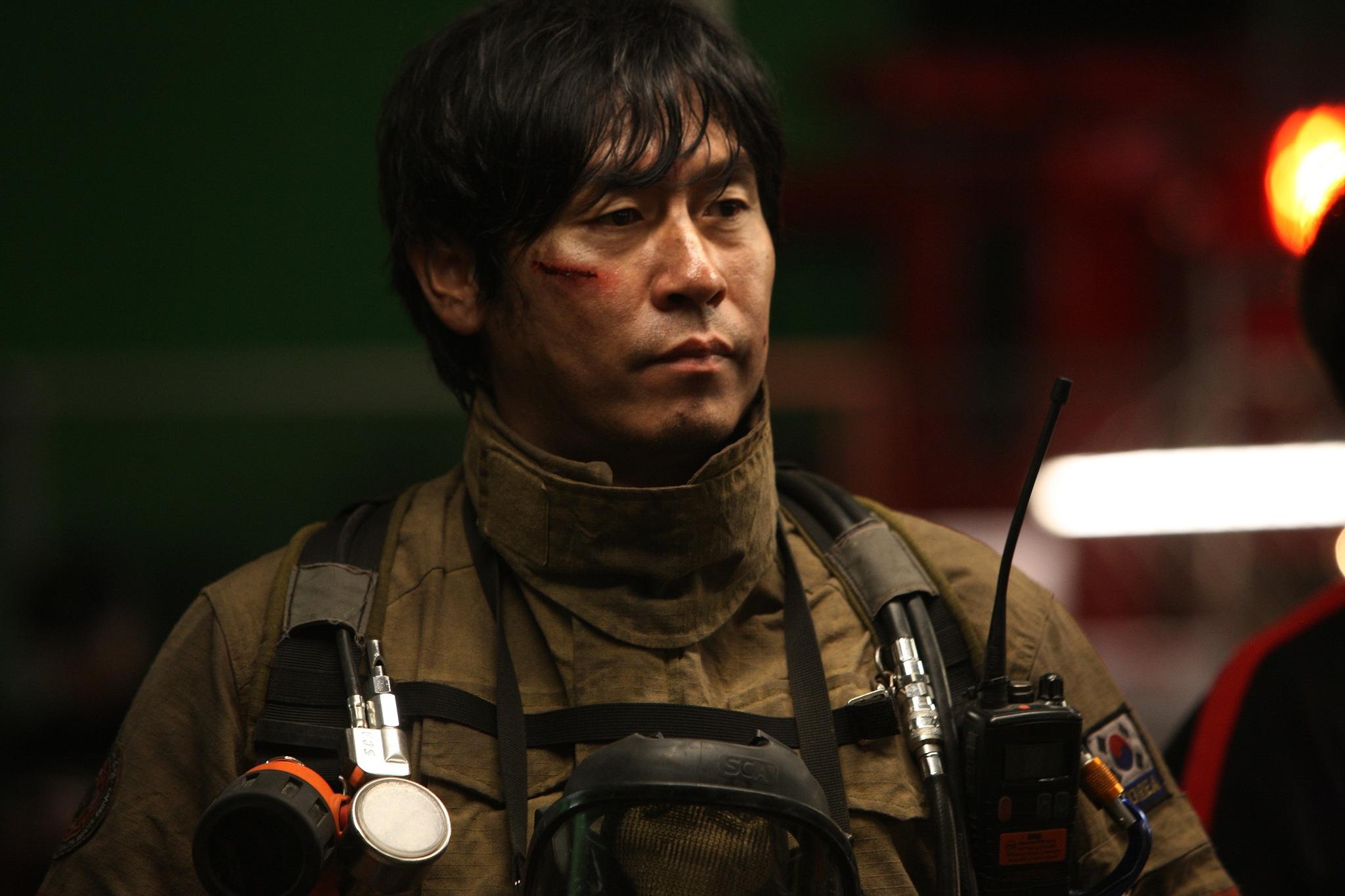 Kyung-gu Sol in Ta-weo (2012)