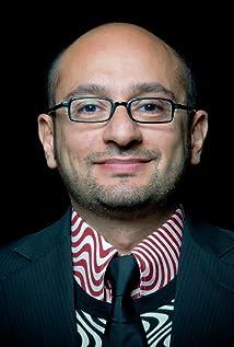 Arash T. Riahi Picture