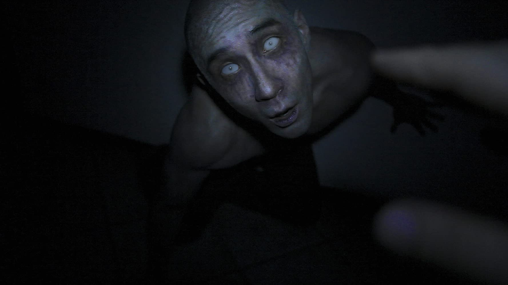 Derek Lee in Afflicted (2013)