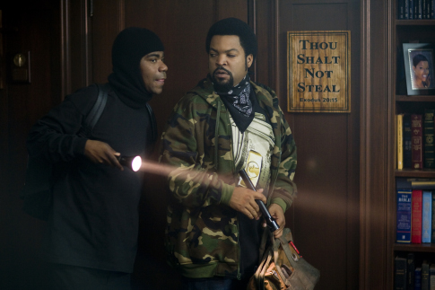 Ice Cube and Tracy Morgan in First Sunday (2008)