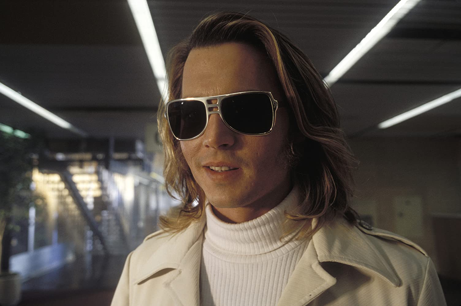 Johnny Depp in Blow 2001