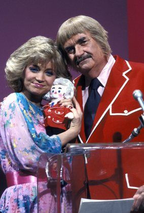 "Bob Keeshan ""Captain Kangaroo"" & Barbara Mandrell Circa.1980"