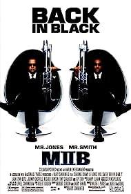 Tommy Lee Jones and Will Smith in Men in Black II (2002)